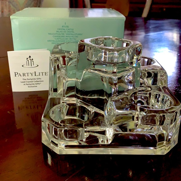 Party Lite Crystal Castle tea light candle holder
